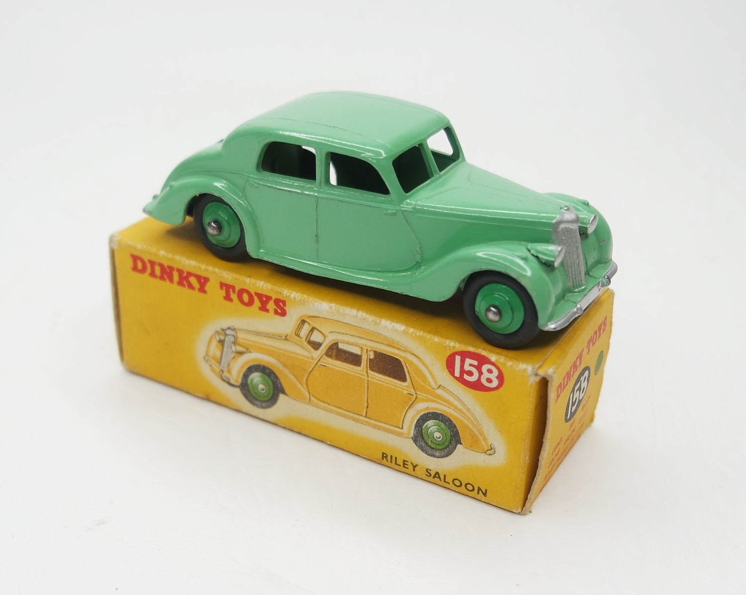 Dinky Toys 158 Riley Saloon Near Mint/Boxed (C.C)