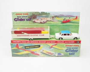 Dinky toys 118 tow away Glider set Near Mint/Boxed.