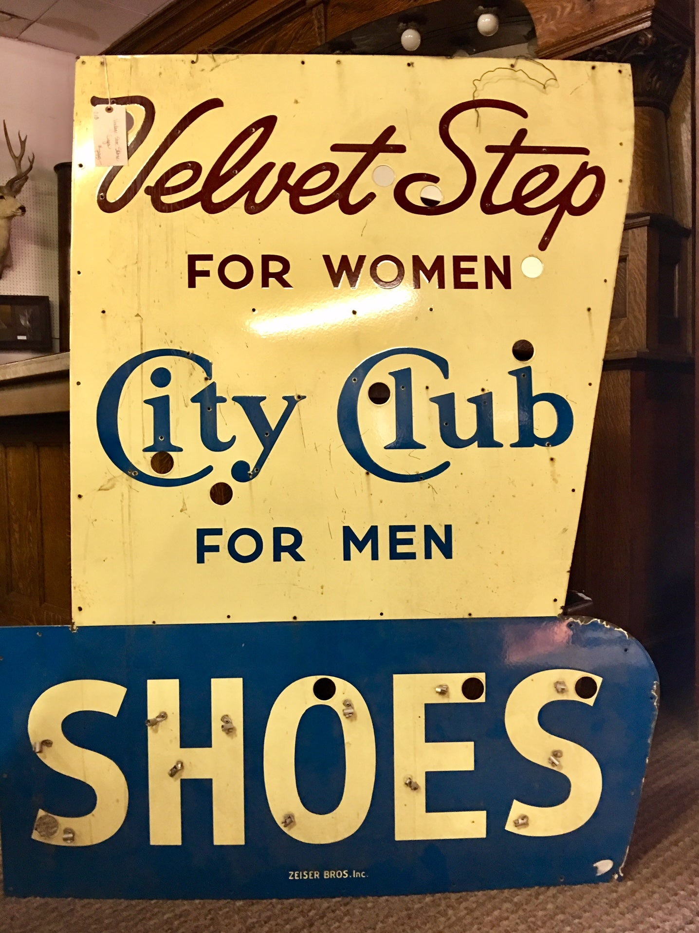 Velvet Step City Club Shoes Vintage Neon Advertising Sign