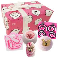 Mallow Out Bomb Gift Set