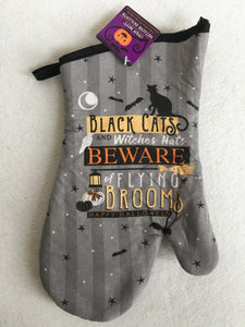 Halloween Black Cats and Witches Hats Oven Mitt or Pot Holder