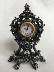 Halloween Haunted Mansion Quartz Clock