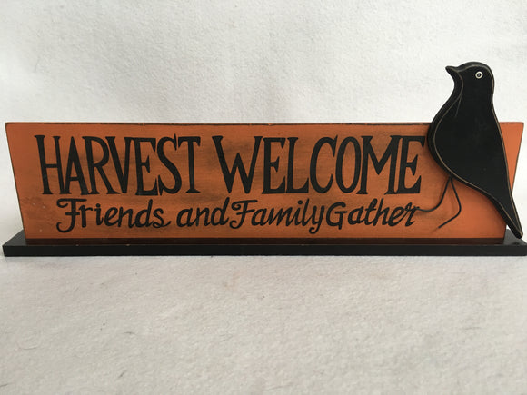 Harvest Welcome With Raven Block Sitter