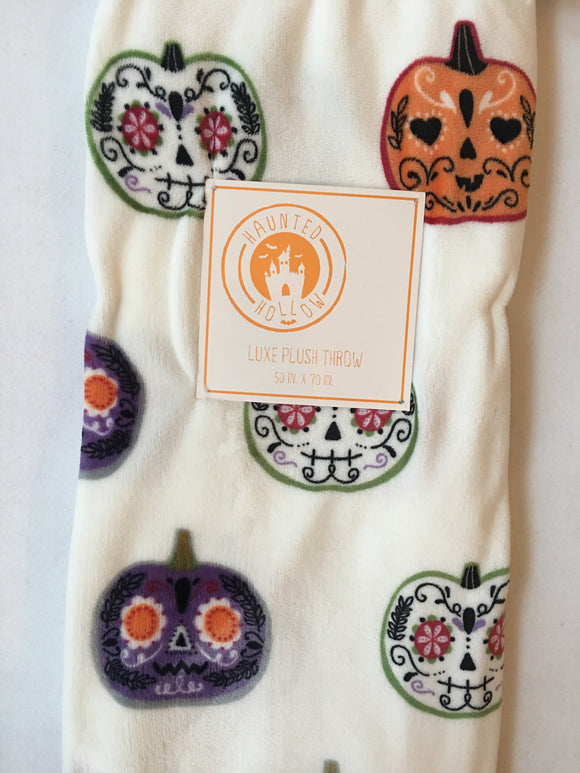 Halloween Haunted Hollow Pumpkin Luxe Plush Blanket Throw