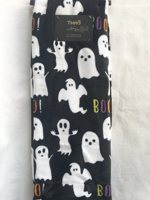 Halloween Ghosts With Boo Blanket Throw