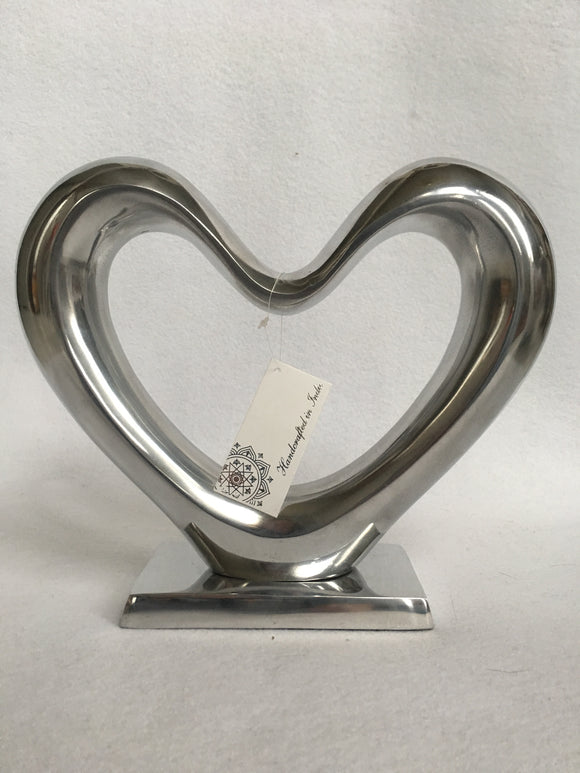 Valentine Large Shiny Metal Silver Heart Display