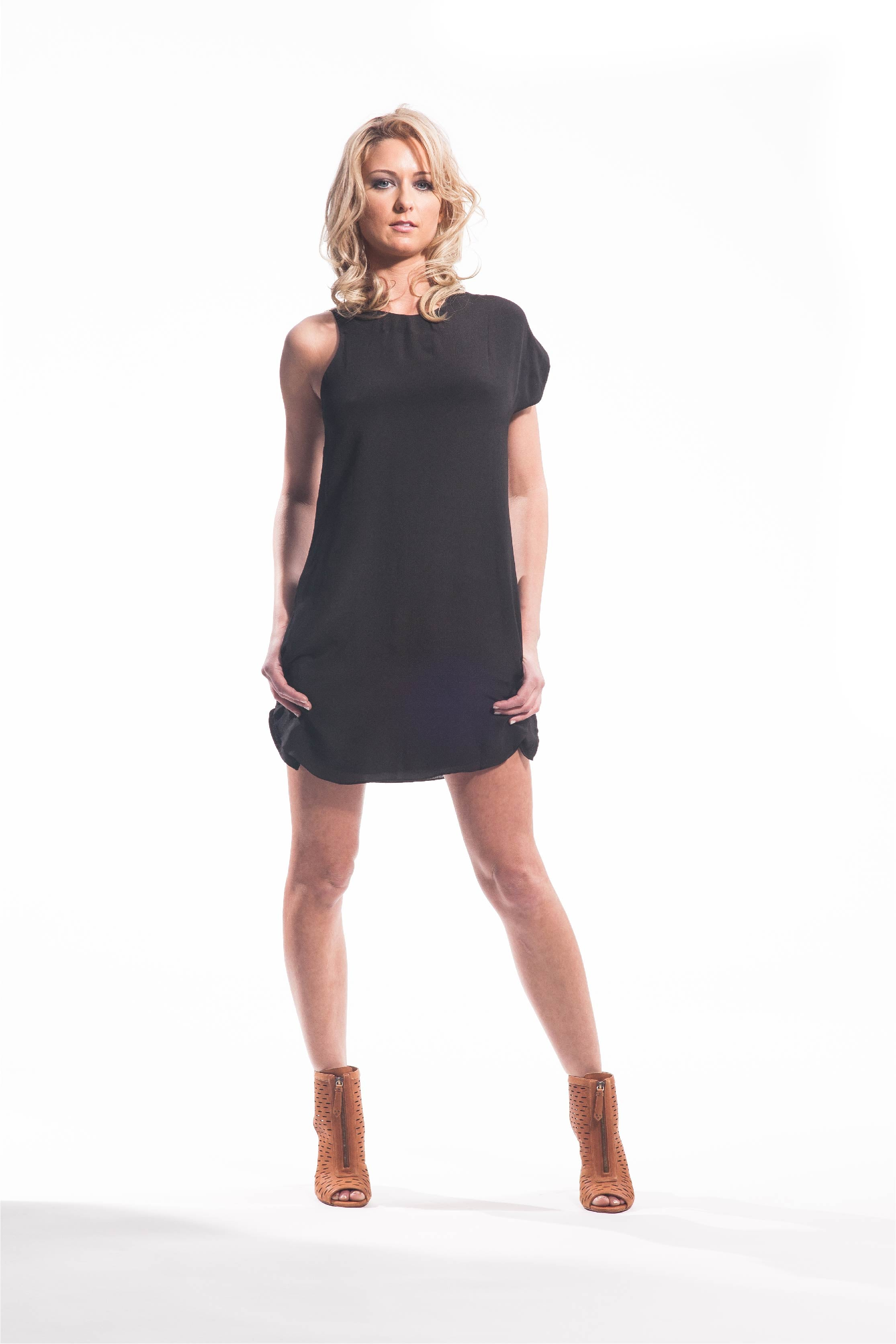 NAVEDA LITTLE BLACK DRESS