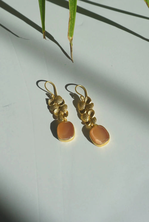 LANA EARRINGS (SUNSET PEACH)