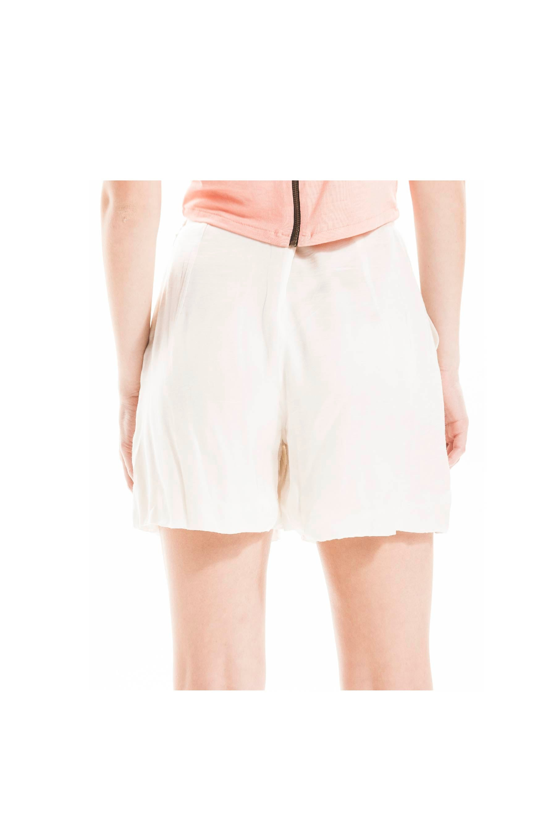 IVORY PLEATED SHORTS