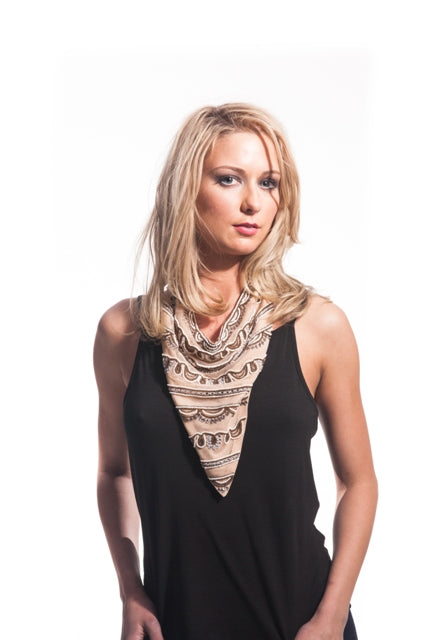 METALLIC SCARF NECKLACE