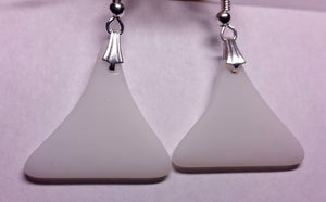 White Tumbled Triangles