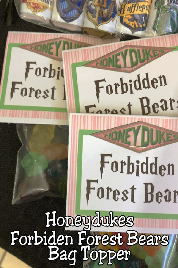 Bring a bit of Honeydukes candy store to your Harry Potter party with this printable bag topper. Simply add some gummy bears and give a candy treat as your party favor or on your dessert table at your Harry Potter party.