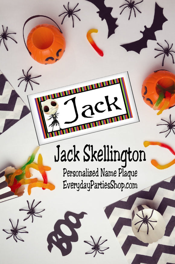 This is so cool.  What a great party favor or birthday gift this would make. Jack Skellington has a place in my heart, now I need to make a spot in my office or room with this personalized name plaque I can put my own name on.