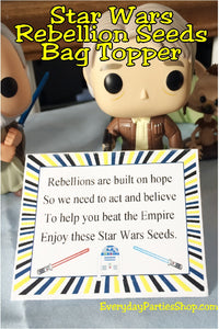 Make your Star Wars party extra fun with this printable bag topper.  Bag topper is great as a party treat for your Star Wars dessert table or as a Party favor for the goodie bags.  Plus you can print and party today!