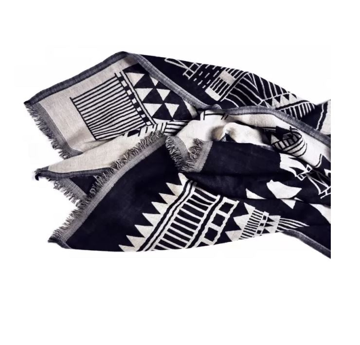 KEMi, Abstract Graphics in Black and White Scarf