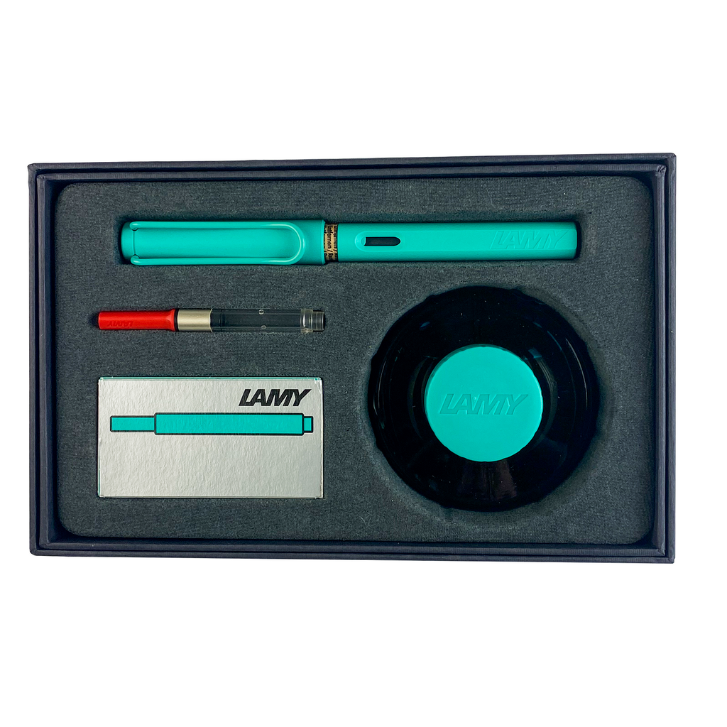 Lamy, Gift Set! Safari Fountain Pen in Aquamarine