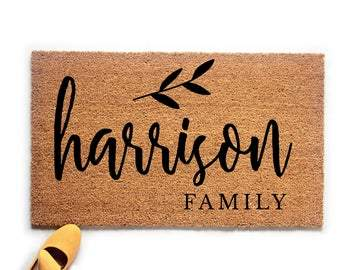 Personalized Family Name with Leaf Doormat - Urban Owl