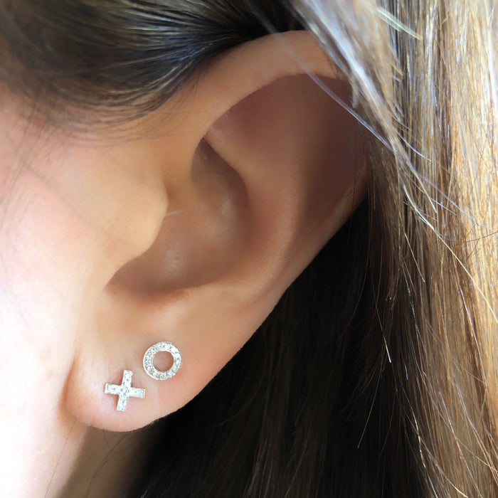 XO Diamond Stud Earring