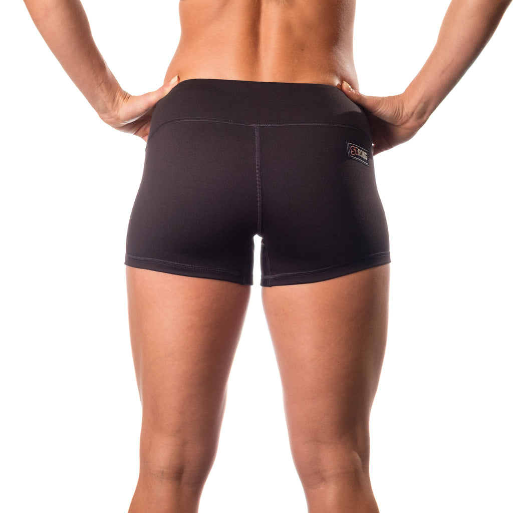 Essential STrong Shorts Black - Image 03