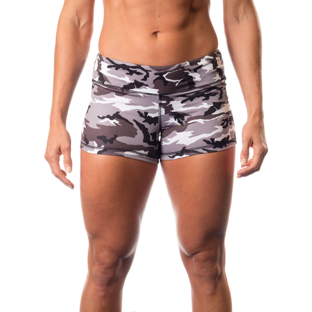 Essential STrong Shorts Grey Camo - Image 01