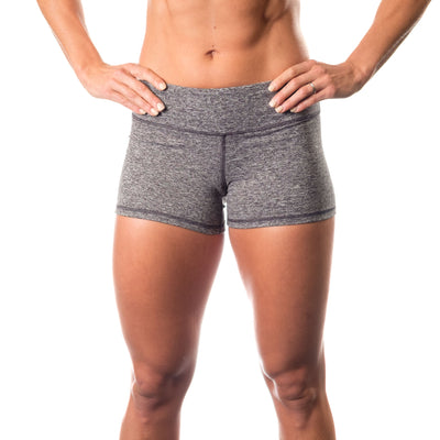 Essential STrong Shorts Grey - Image 01