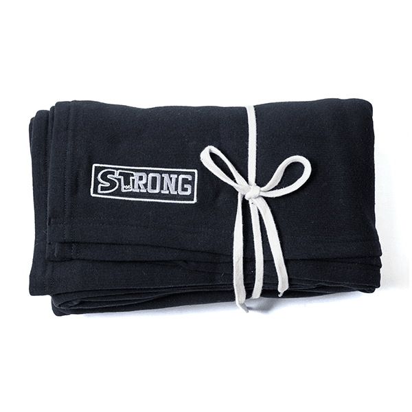 STrong Warm-Up Blanket - Image 03