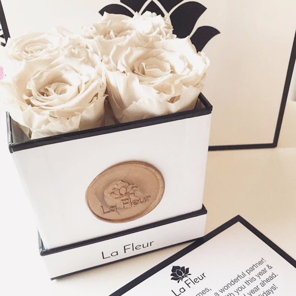 Super Petit - Lasts An Entire Year - La Fleur Bouquets