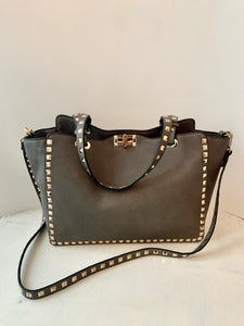 "The ""Valentino"" Bag"
