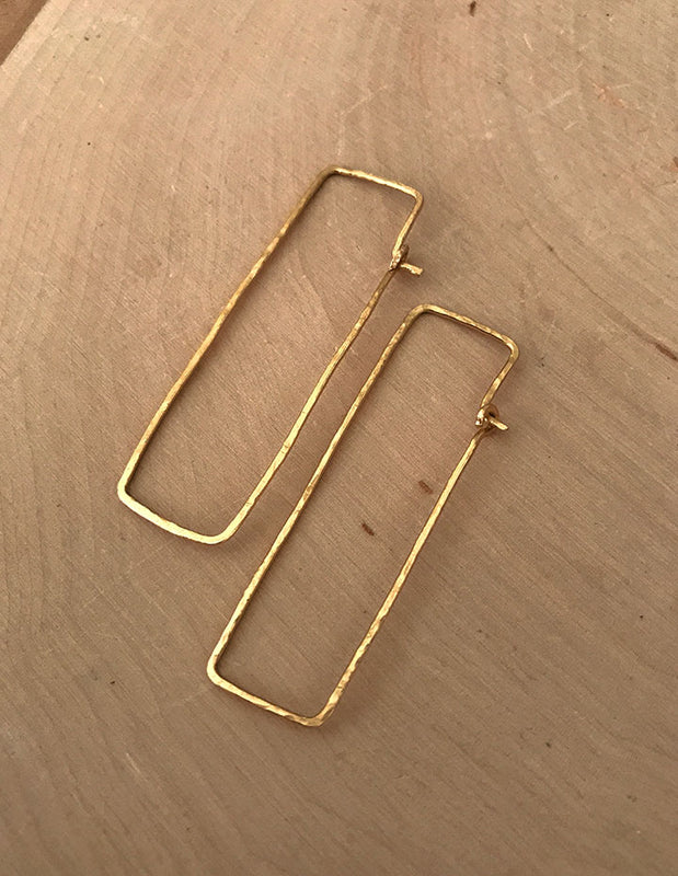 HAMMERED RECTANGLE EARRINGS - HENRI LOU DESIGNS