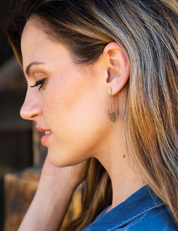 HL ARROW EARRINGS - HENRI LOU DESIGNS