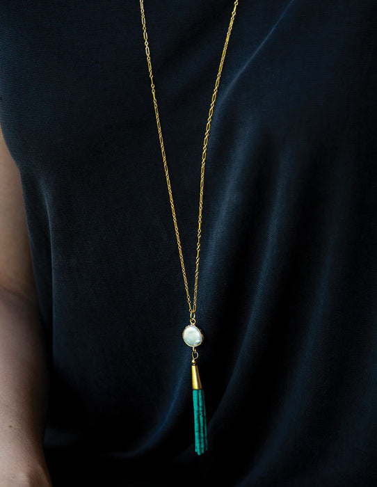 HL TASSEL & PEARL NECKLACE - HENRI LOU DESIGNS