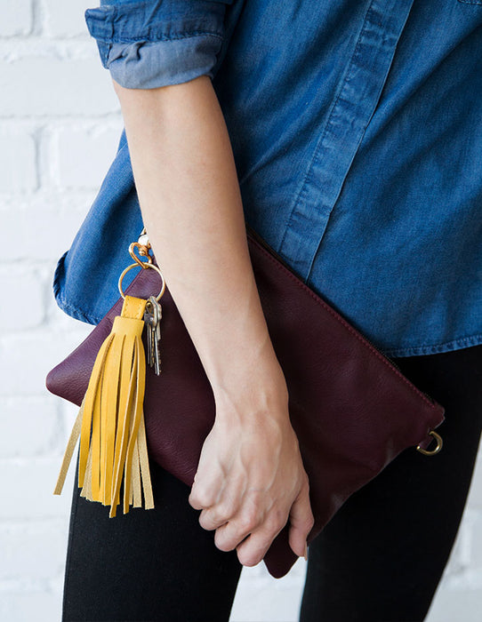 MEGHAN CLUTCH LEATHER