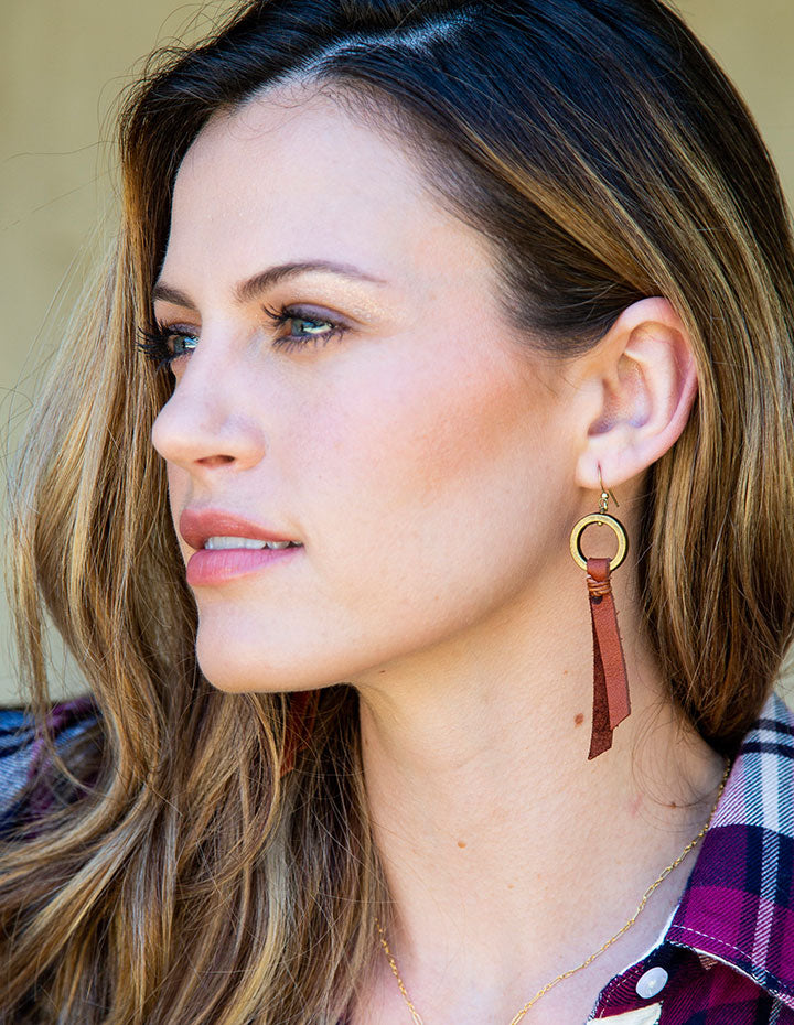 O LEATHER EARRINGS