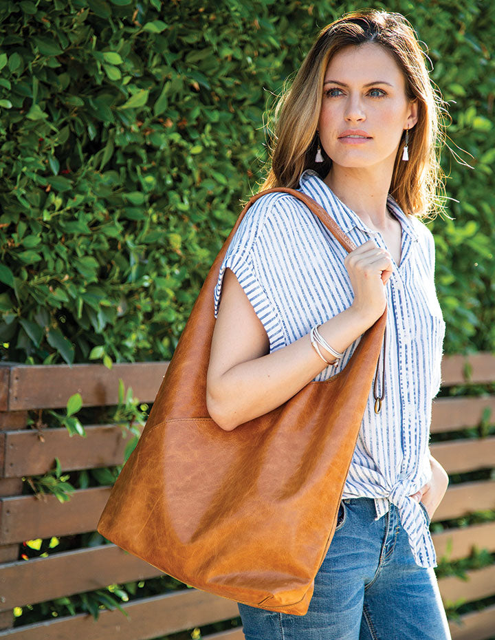 THE CRISSCROSS HANDBAG