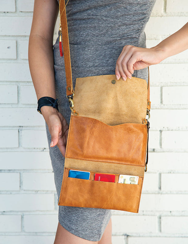 THE HL CROSSBODY WALLET - HENRI LOU DESIGNS