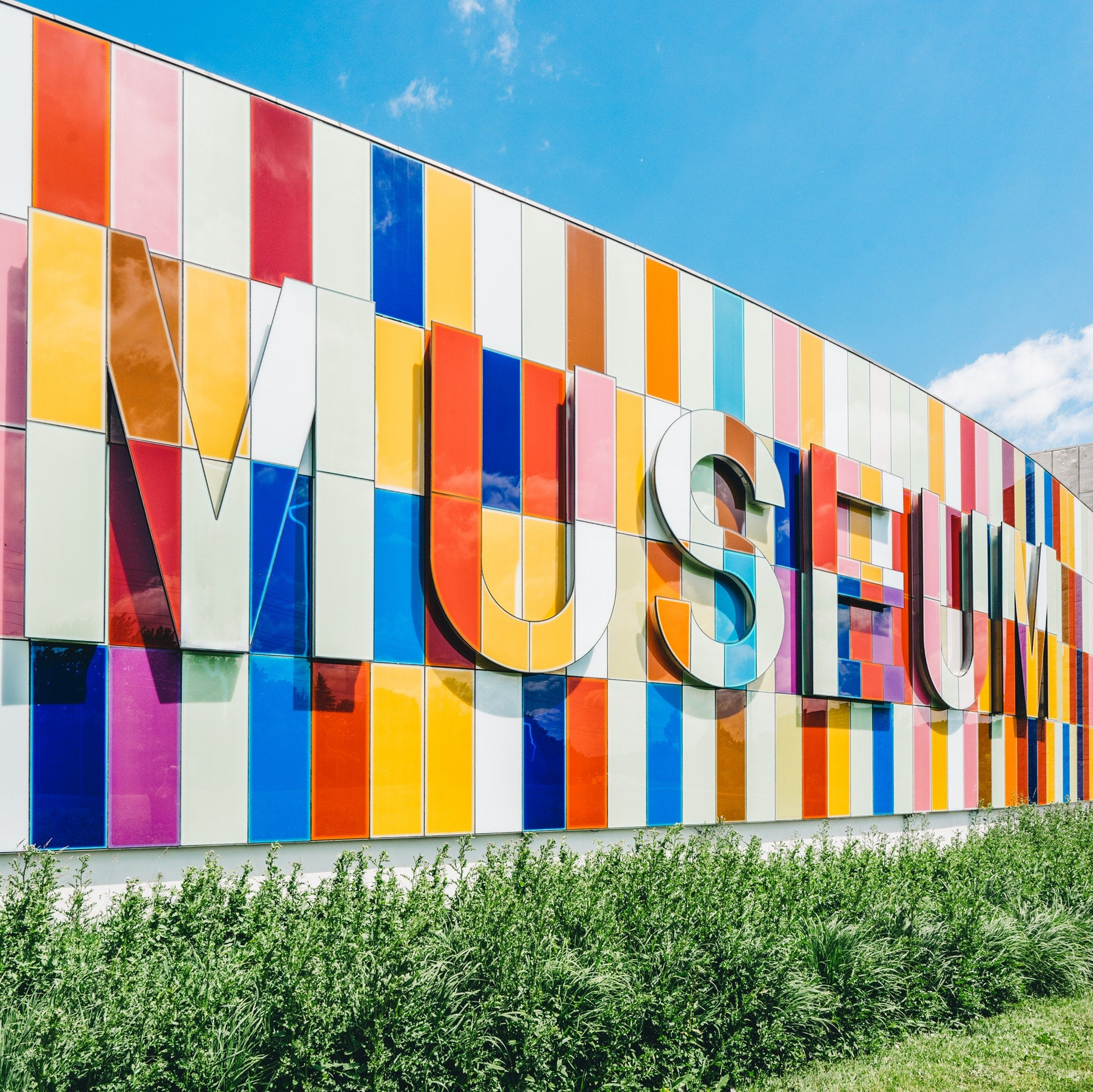 Guide to Latino & Hispanic Museums in the US - So You Can Celebrate Latino Culture & History