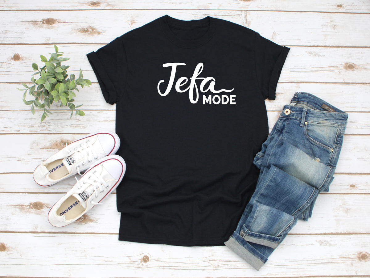 Mi LegaSi Jefa Mode Boss Mode Spanglish Adult T-Shirt