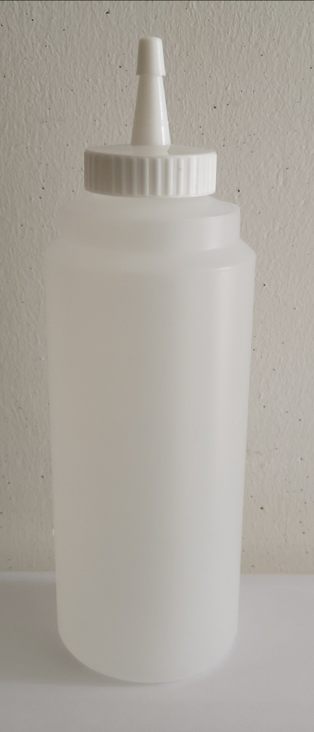 SB0.5 - Entry Sauce Bottle 0.5L