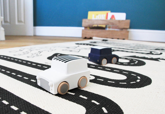 Wooden Wind Up Car - Kiko+ - white/black stripes