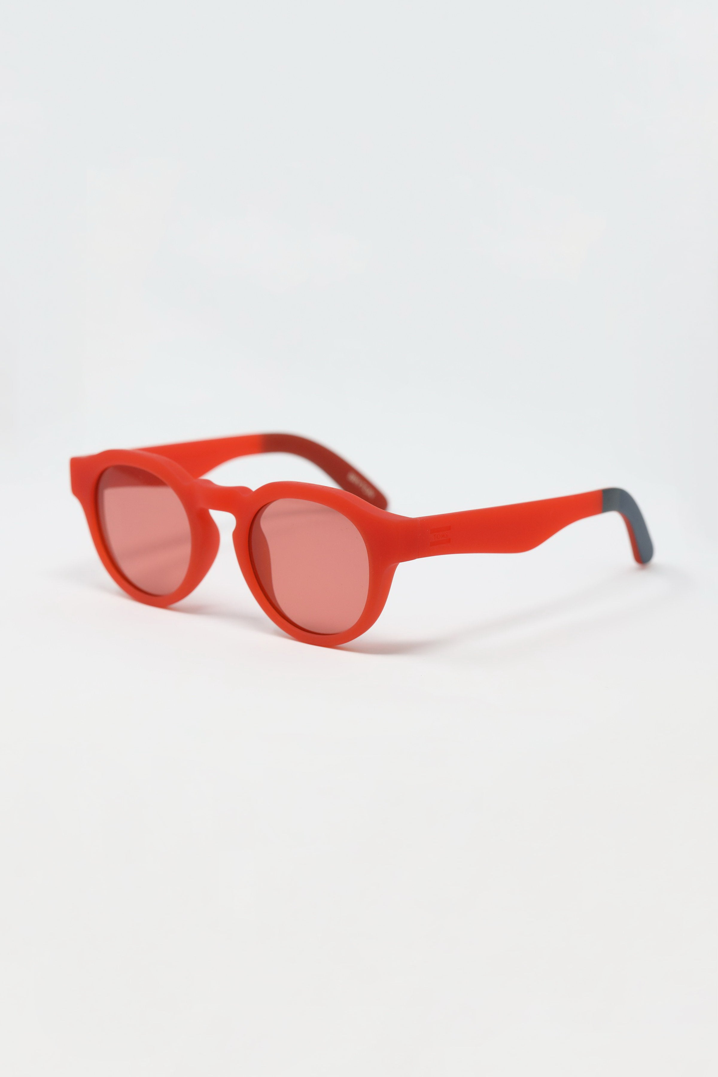 TRAVELERS BY TOMS Bryton Matte Fiesta Red Sunglasses
