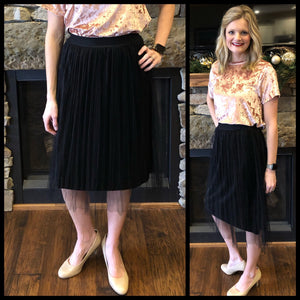 Pleated Velvet Skirt - bella-rose-boutique-and-tanning