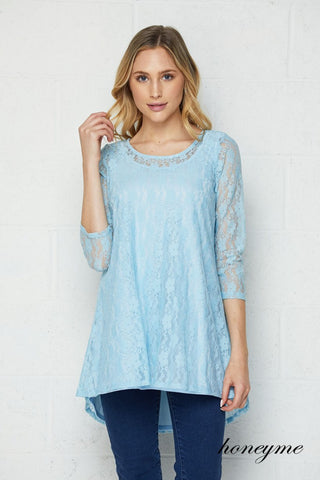 Honeyme Long Sleeve Lace Top (Curvy)