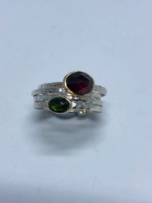 Smadar design ring with garnet and tourmaline