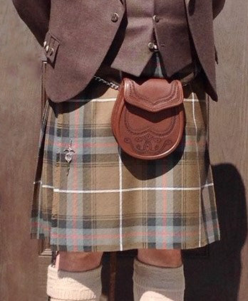 A custom kilt made with a combination of machine and hand stitching. Made at the Scottish Company in Toronto