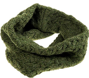 Aran Woollen Mills Cable Knit Infinity Scarf | The Scottish Company