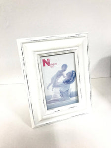 White Distressed Photo Frame