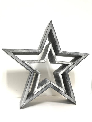 Set of 2 Star Shape Wooden Decorations