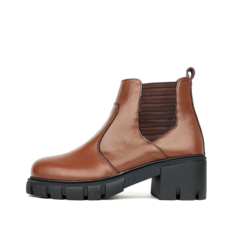 795 Botte en cuir marron