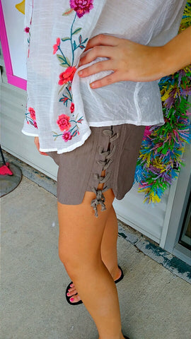 Dove Lace-Up Short