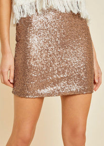 Lux, Sequins and Gams, Oh My!